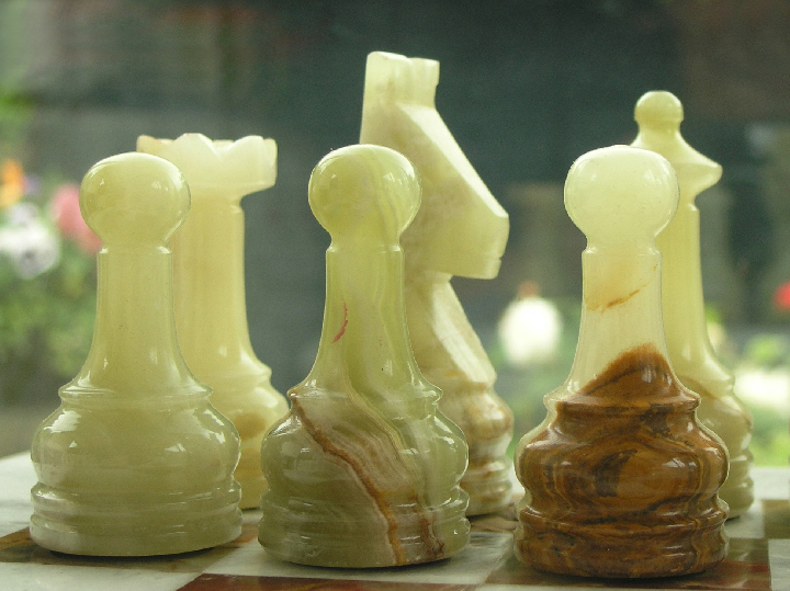 Beautiful Green And White Marble Chess Set With Superb