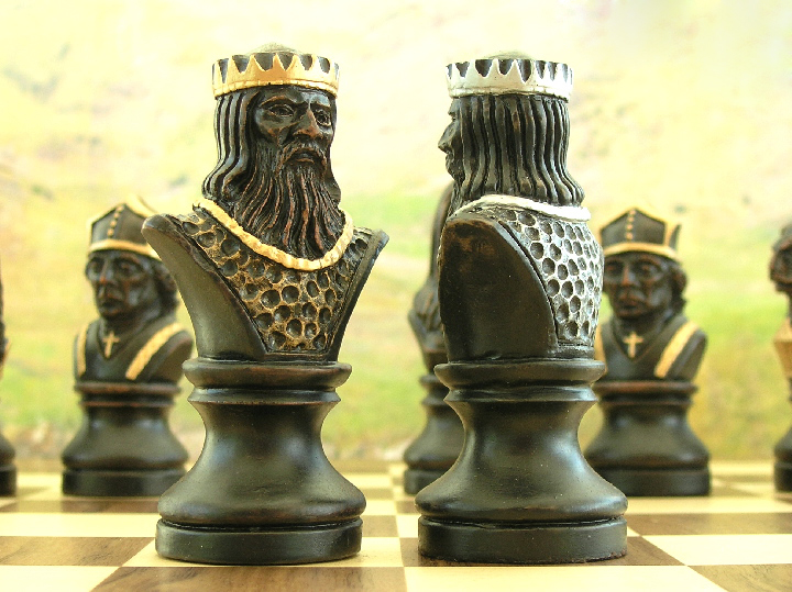 Hand Painted Richard The Lionheart Chess Set 0 1278 426100